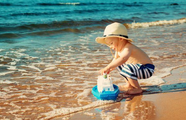 Πώς θα κρατήσουμε τα παιδιά ασφαλή το καλοκαίρι; | imommy.gr