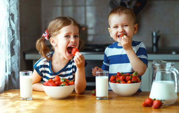 Αυτοί είναι οι βασικοί κανόνες της παιδικής διατροφής | imommy.gr
