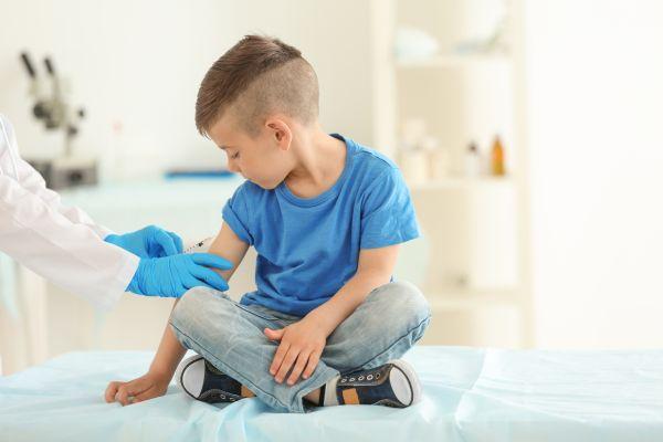 Πανδημία: Εκατομμύρια παιδικά εμβόλια χάνονται εξαιτίας της | imommy.gr