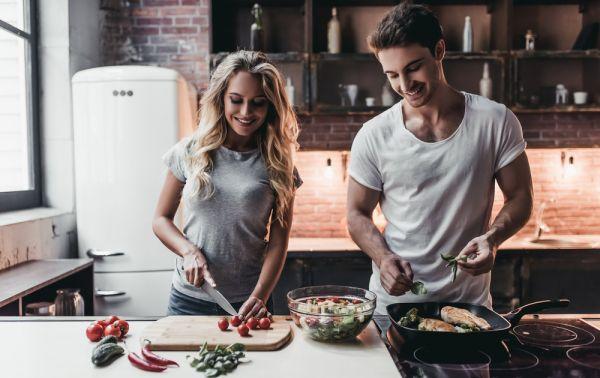 Τι να δοκιμάσετε αν δεν αντέχετε να μαγειρέψετε λόγω καύσωνα | imommy.gr