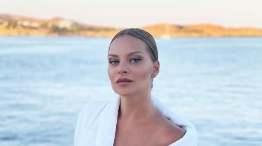 Υβόννη Μπόσνιακ – Μας έδειξε για πρώτη φορά το πρόσωπο της κορούλας της με τον Αντώνη Ρέμο   imommy.gr