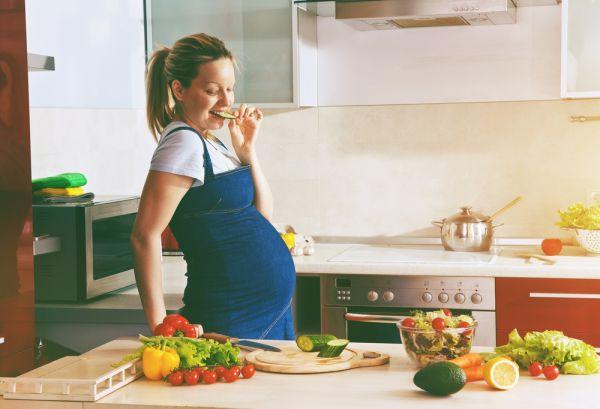 Είμαι έγκυος – Να τρώω ψάρια;   imommy.gr