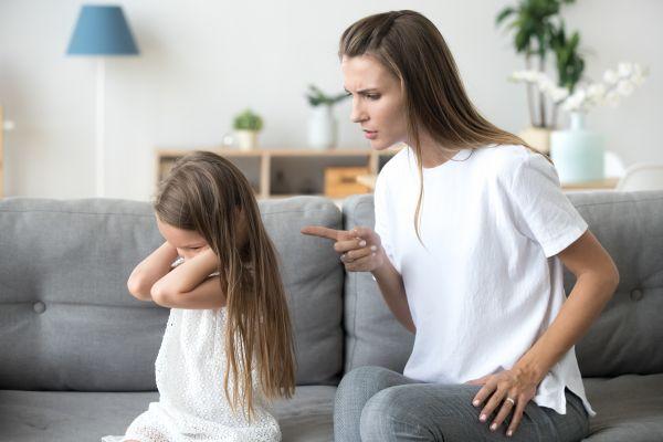 Πώς θα κάνετε το πεισματάρικο παιδί σας να πειθαρχήσει | imommy.gr