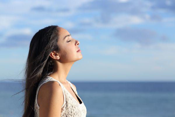Καλοκαιρινή κατάθλιψη – Τι την πυροδοτεί και πώς θα τη διαχειριστείτε | imommy.gr