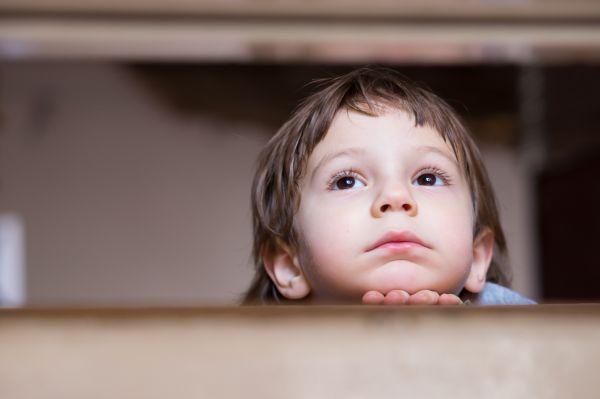 Πώς να μιλήσετε στο παιδί για τη λύπη   imommy.gr