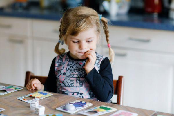 Πώς θα απασχολήσουμε δημιουργικά το νήπιο; | imommy.gr