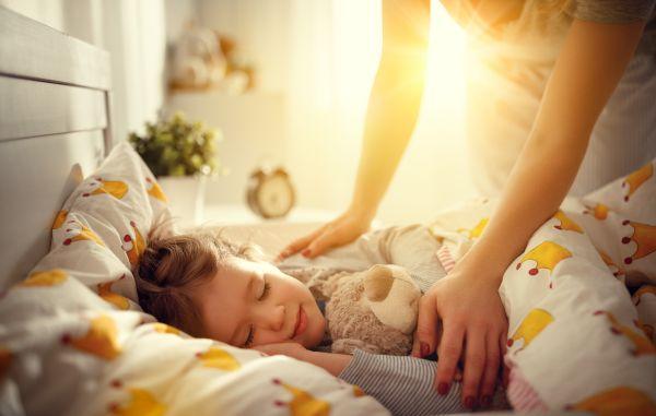 Παιδί – Μήπως ήρθε η ώρα να κοιμηθεί στο δωμάτιό του; | imommy.gr