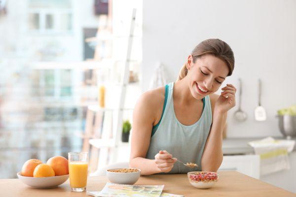 Θέλετε να αδυνατίσετε αλλά πεινάτε διαρκώς; Βάλτε στο πιάτο σας αυτές τις τροφές | imommy.gr