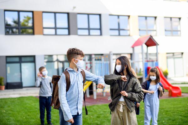 Σχολεία – Μεγάλο «στοίχημα» το άνοιγμα – Να εμβολιαστούν τα παιδιά | imommy.gr