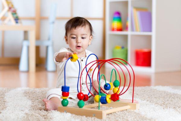 Τι πρέπει να προσέξετε στα παιχνίδια του μωρού σας | imommy.gr