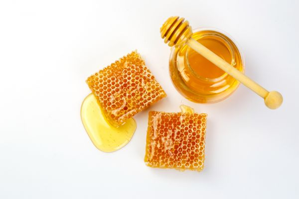 Μέλι για τη φυσική περιποίηση της μαμάς | imommy.gr