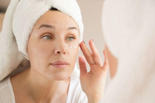 Eye care – 5 συχνά λάθη που προκαλούν ρυτίδες στα μάτια   imommy.gr