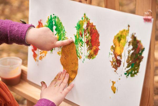 Φτιάχνουμε φθινοπωρινές χειροτεχνίες με τα παιδιά μας [βίντεο] | imommy.gr