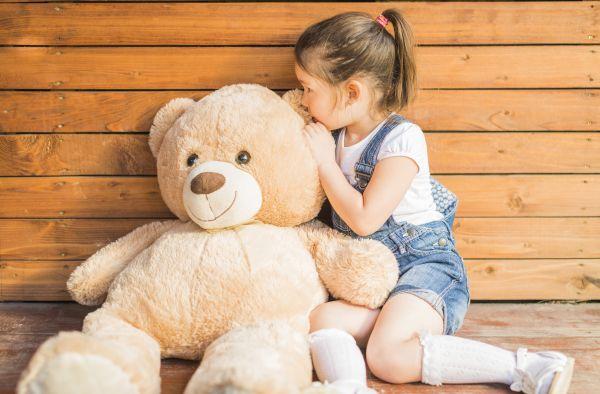Παιδικές συνήθειες – Γιατί μιλά μόνο του; Να ανησυχήσω; | imommy.gr